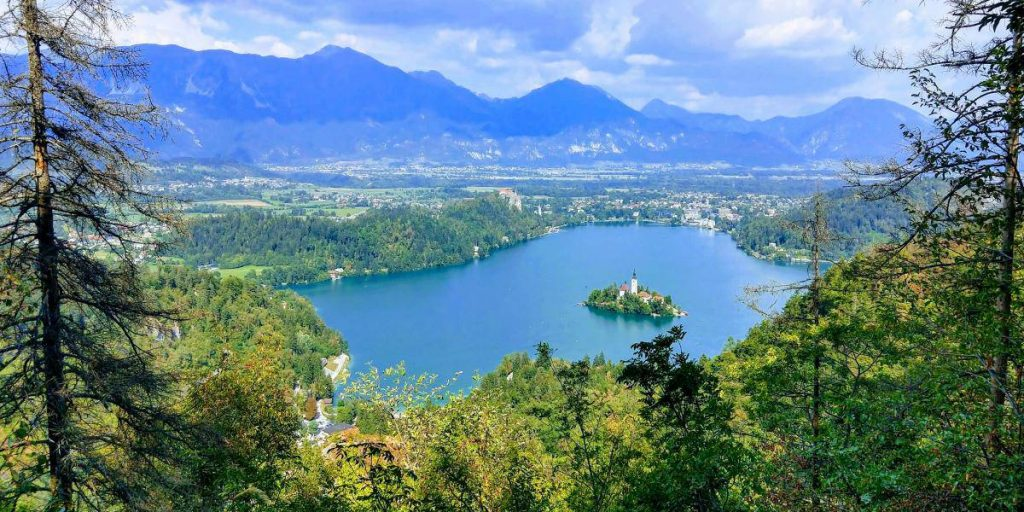 Nomadic FIRE Slovenia Lake Bled e1589348014175